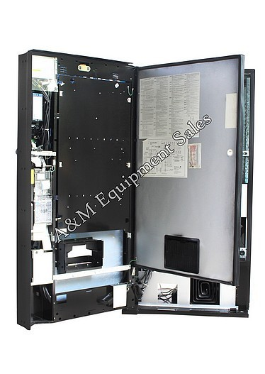 E 6 - Dixie Narco 501E  Live Display Drink Machine