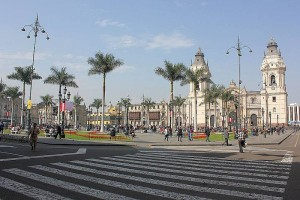Playa-Mayor-Kathedrale-Lima