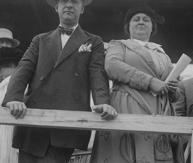 Governor Al Smith And His Wife Catherine