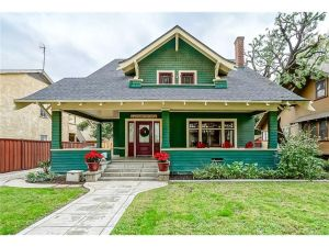 Beautiful Arts And Crafts Bungalow Built In 1908 Downtown Riverside California Near The Historic Mission Inn Hotel Spa This Large Two Story Home
