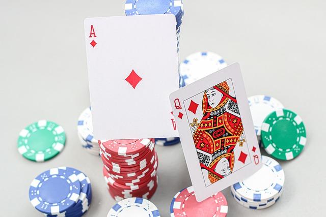 bermain kartu dan chip poker