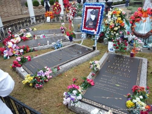 Elvis's Grave site
