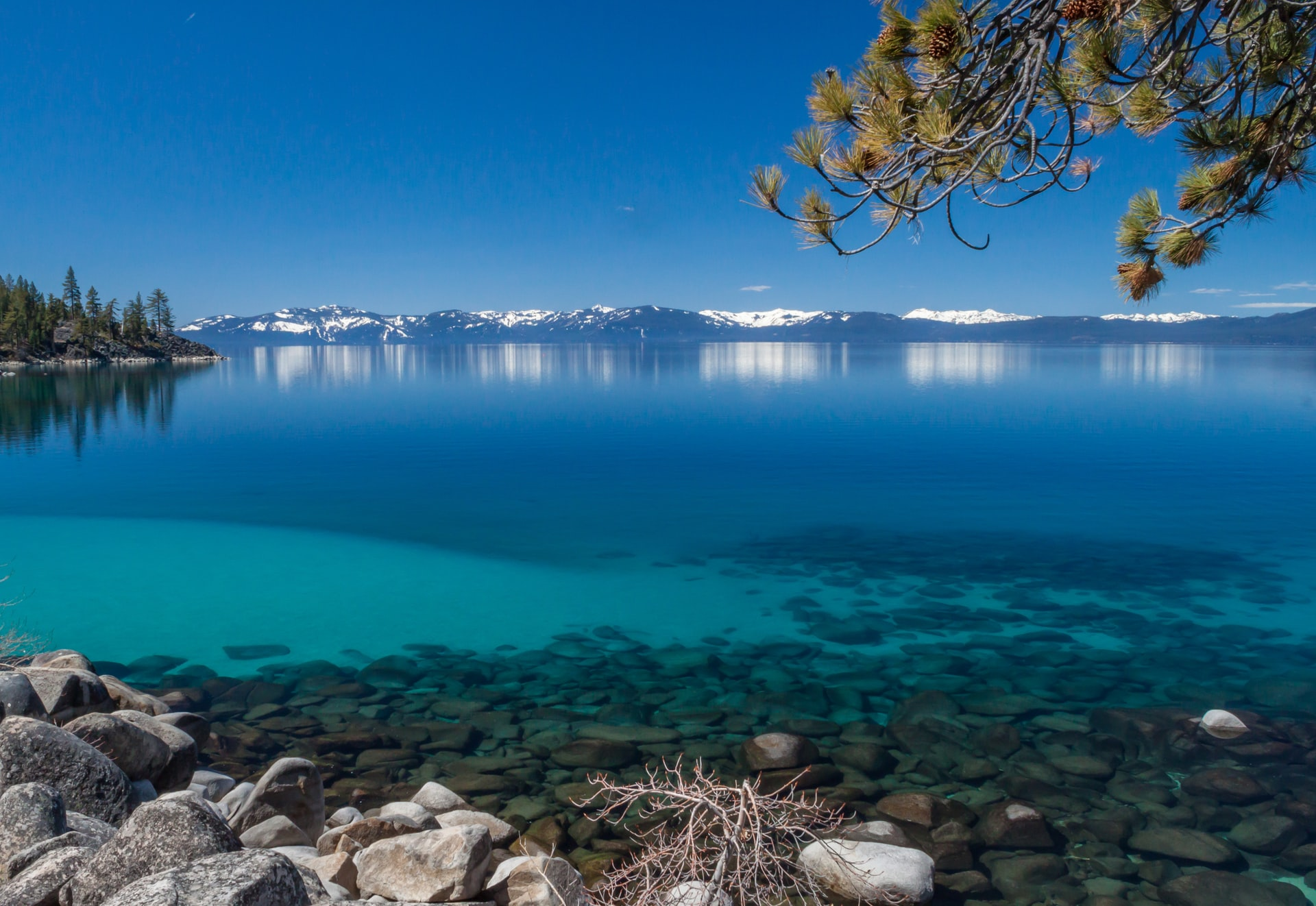 Casinos in Lake Tahoe, Nevada Offer a Variety of Outdoor Adventures