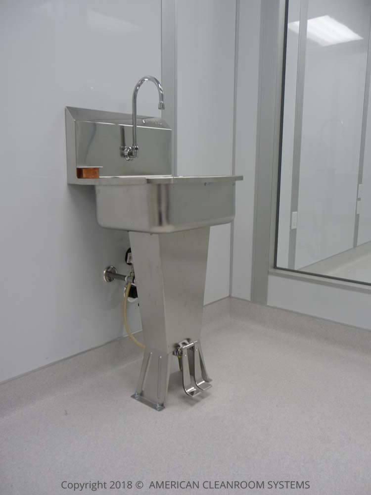 American Cleanroom Systems Cleanroom Equipment