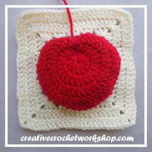 The Bad Apple | Free Crochet Pattern | American Crochet @americancrochet.com @creativecrochetworkshop.com #freecrochetpattern #crochetalong