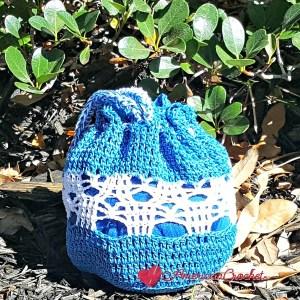 Butterfly Bag Child | Free Crochet Pattern | American Crochet @americancrochet.com #freecrochetpattern