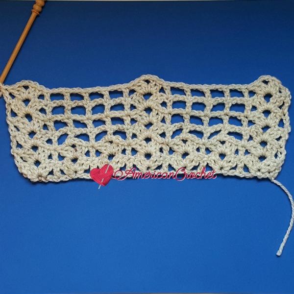 Shell Frames Tutorial | American Crochet @americancrochet.com #ShellFramesTutorial