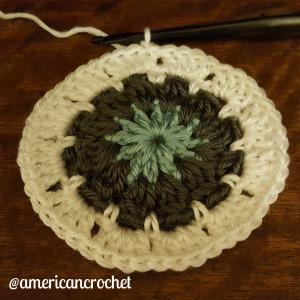 Tiffany Circle in A Square   American Crochet @americancrochet.com