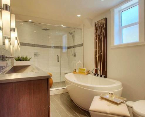 N 30th Street | Modern Bath Remodel | American Design ...