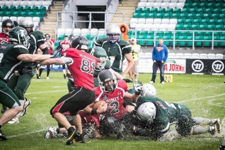 Shamrock Bowl action
