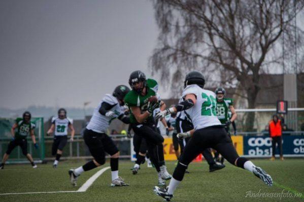 Norway - Lura Bulls action2