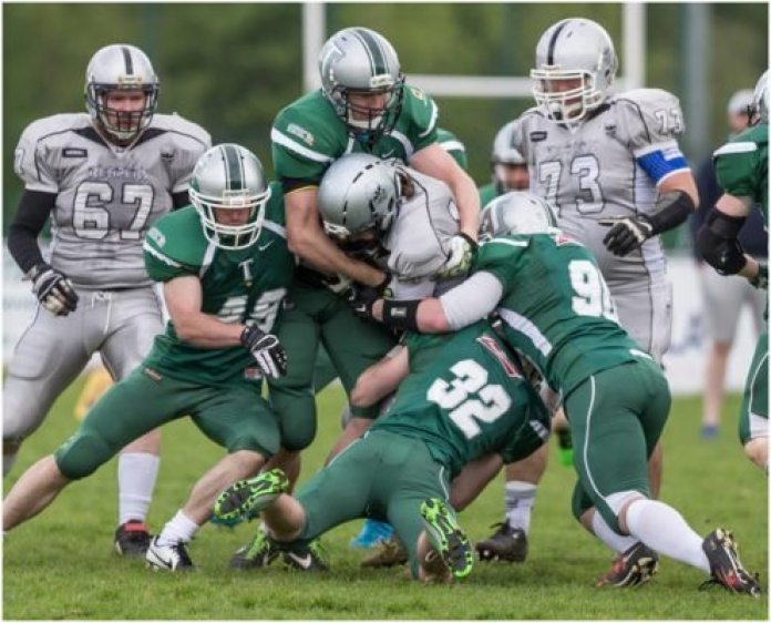 Ireland - Trojans-Reapers 2016 action.4 - Bob Givens photos