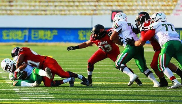 IFAF - Under 19 - Canada-Mexico - semifinal action.2