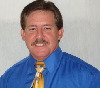 Tom Kleinschnitz is President and Founder of American Home Services. He is the lead Building Inspector and Trainer.