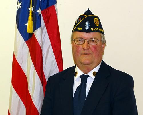 Bill Mott, Commander