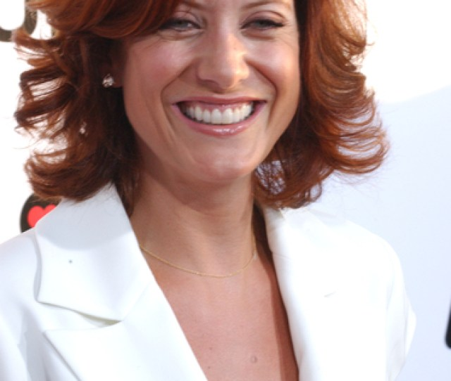 Kate Walsh Sexy Pictures The Ugly Truth Premiere Red Carpet Photos