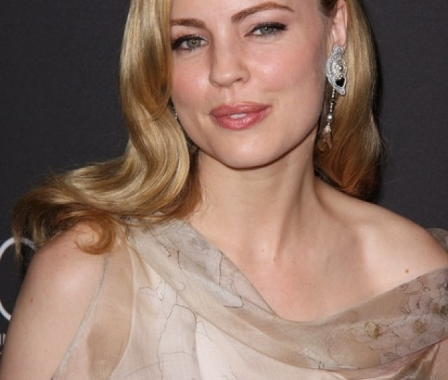 Melissa George Hot Red Carpet Pictures Photos Pics Costume Designers Guild Awards