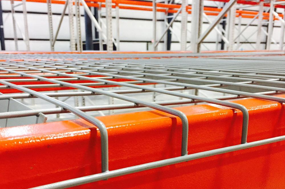 https www americansurplus com used equipment used pallet rack decking used wire decking