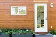 Golden-Front-Door-Flower-Box