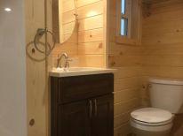 26-Port-Neches-vanity-and-toilet
