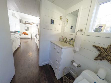 28' San Francisco pro bath photo