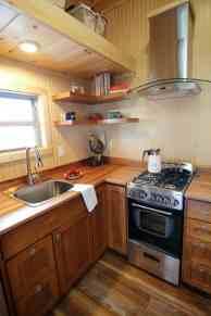 Houston-Pic22-Kitchen-Stove