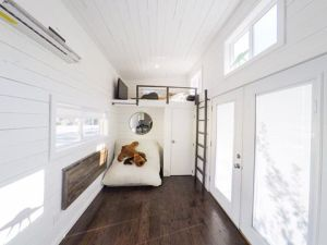 28' San Francisco Decorated - American Tiny House