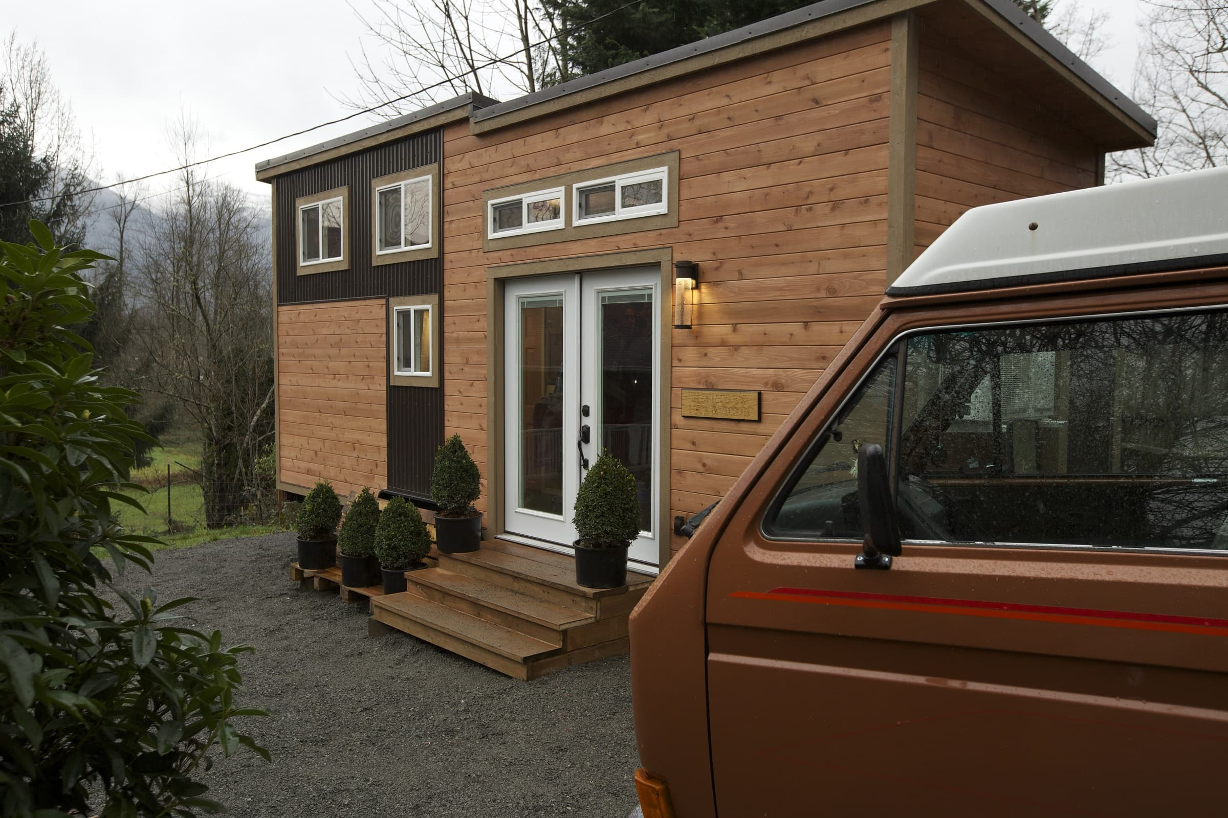 American-Tiny-House-Everett-Exterior-Van-American Tiny House-HQ