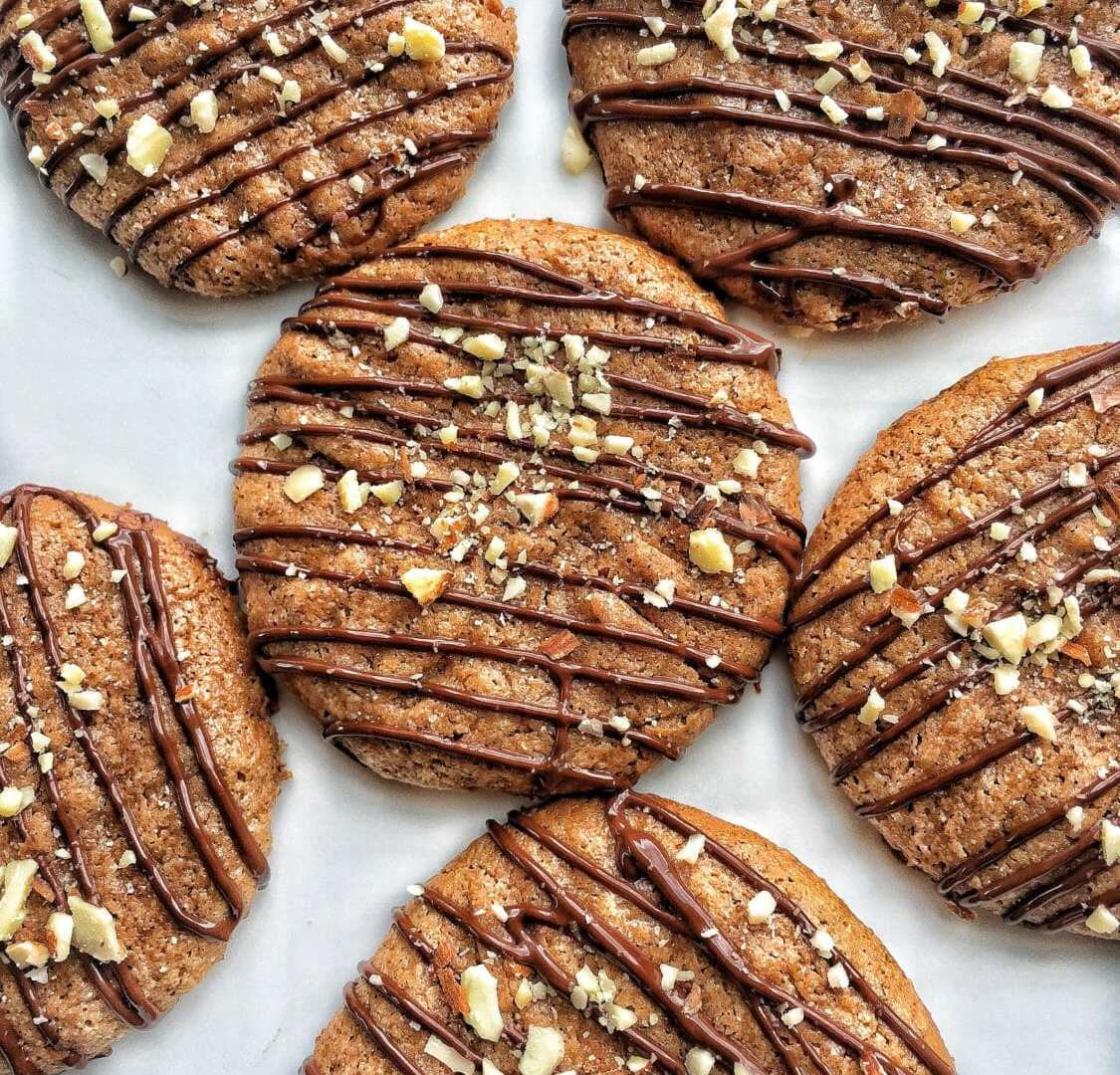 Flourless cinnamon cookies