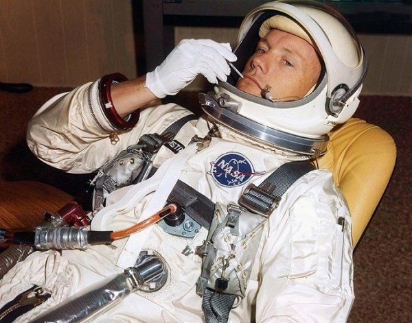 Retro Space Images Remembering Neil Armstrong 171 AmericaSpace