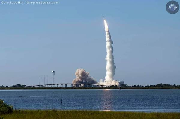 Minotaur IV Rocket Successfully Launches NROL-129 ...