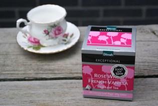Rose & French Vanilla Tea - Dilmah Al jaren een van mijn favoriete theemerken. Dilmah. Toevallig las ik laatst op de site van Dilmah al een spannend recept voor Turks Fruit met deze thee. Nu móet ik dat wel maken natuurlijk.