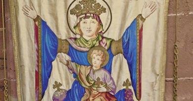 Notre-Dame et l'Enfant à la fleur de lys