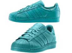 Adidas supercolor azzurro