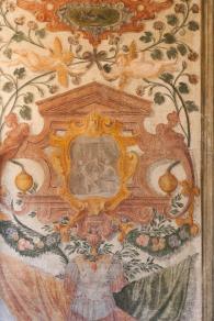 particolare dgli affreschi di Villa Chiminelli
