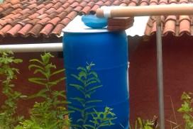 Recolección de agua pluvial en Loma Orgánica