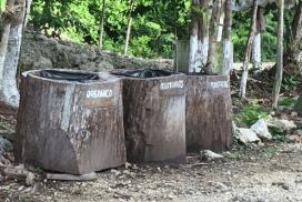 Separación de basura en Siijil Noh Ha