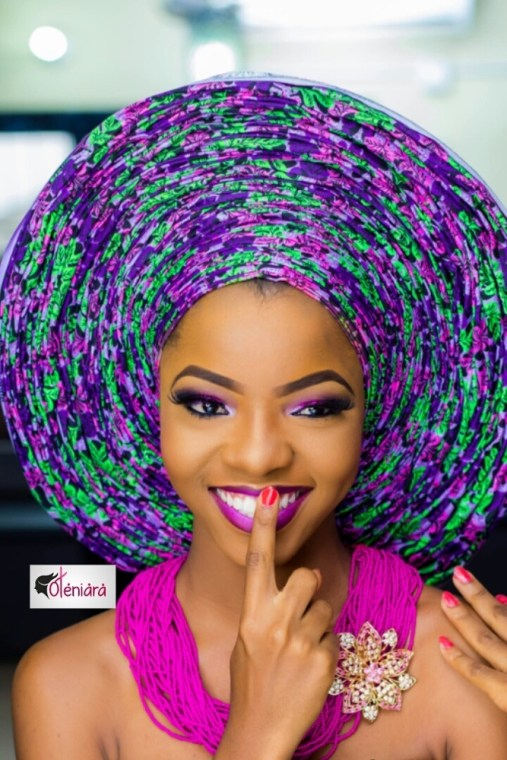 "VIDEO: How To Tie The ""A Million Pleats"" Gele"