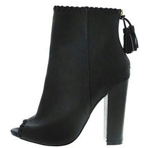 Shoegasm: Shoes We Love