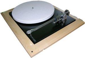 Gira-discos Rega Planar 9, topo de gama