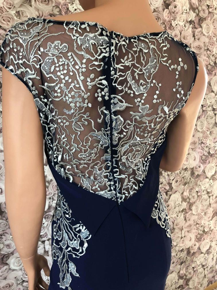 Abendkleid lang dunkelblau
