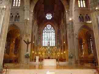 la cathédrale catholique construite au XIXe siècle