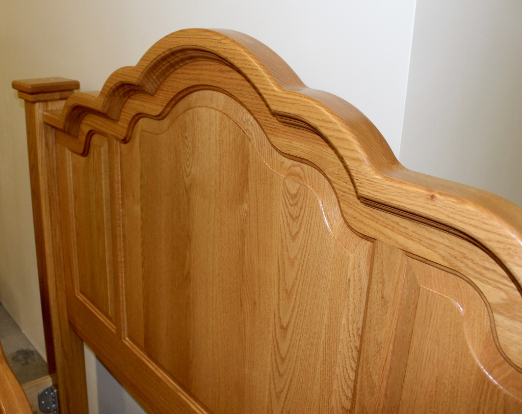 Wavy Cathedral Queen Bed Amish Traditions Wv
