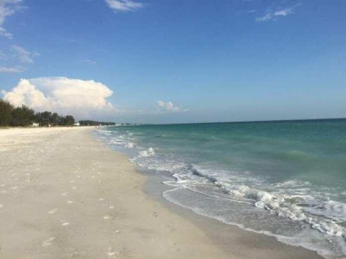 Holmes Beach beach access