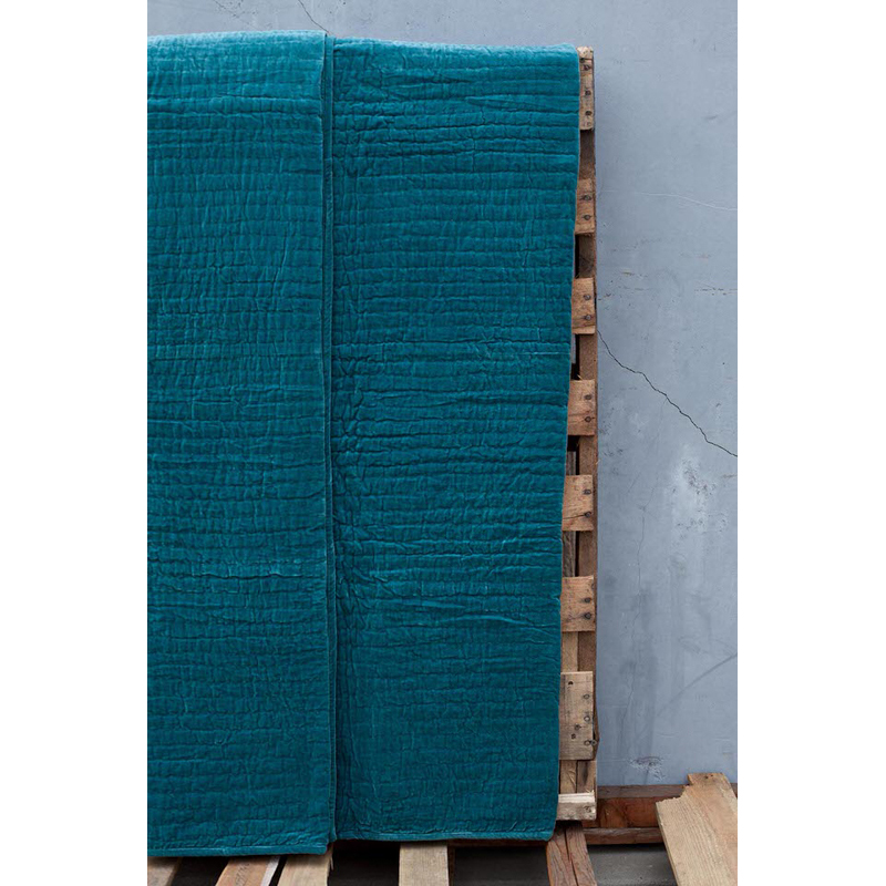 ethan quilt teal amity home