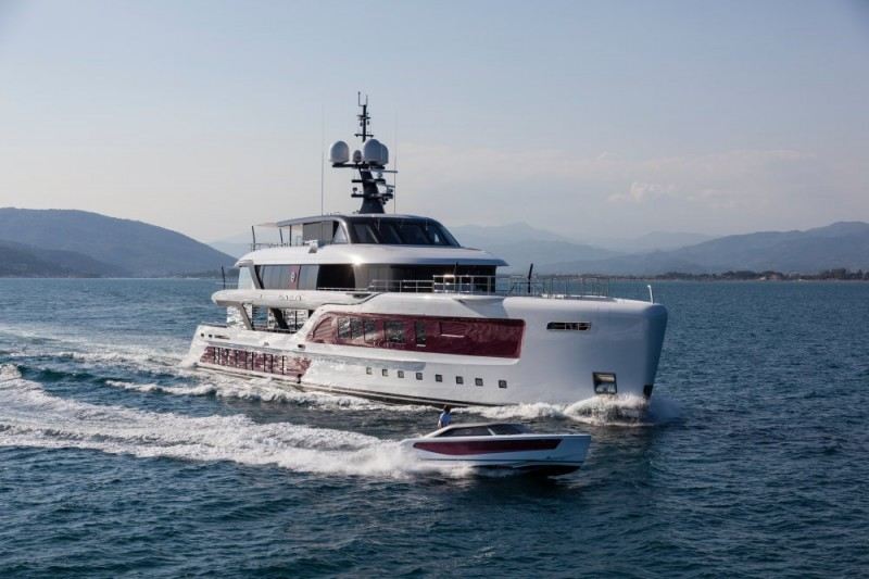 Admiral Stuns With The 180 Foot Quinta Essentia Superyacht Its Largest Ever American Luxury