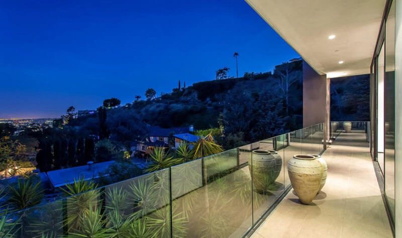 Rising Glen House In The Hollywood Hills By MSP Design