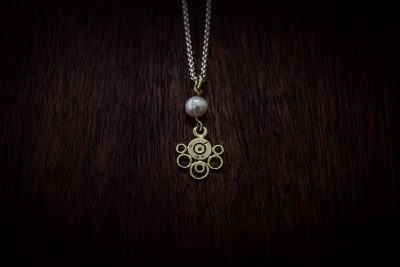 APP2 - bullet lace and pearl pendant