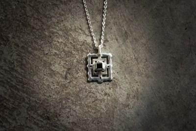 TPB3 - Silver Bayon with garnet