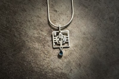 TPT4 - Silver Ta Prohm pendant with topaz